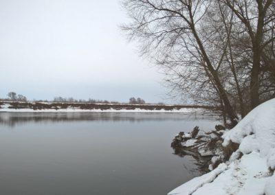 Фото пейзаж зимней Москвы-реки около Воскресенска